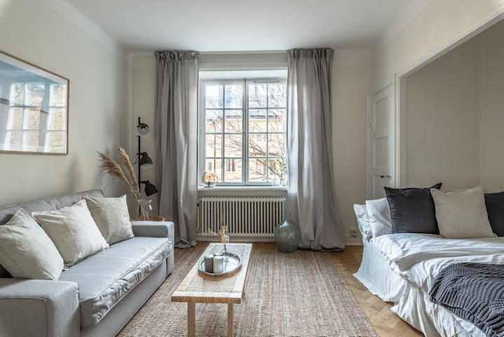 Cozy and bright getaway in the heart of Södermalm