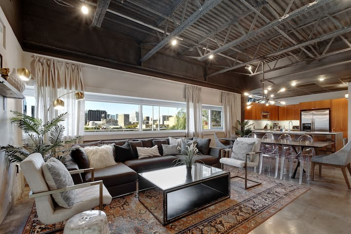 Chic Downtown Loft Just Steps Off 6th Street