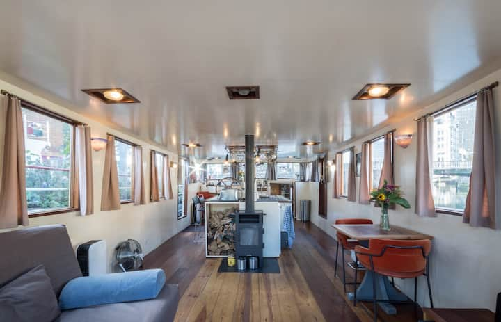 Boat apartment Rothor on top location (1-4 pers)