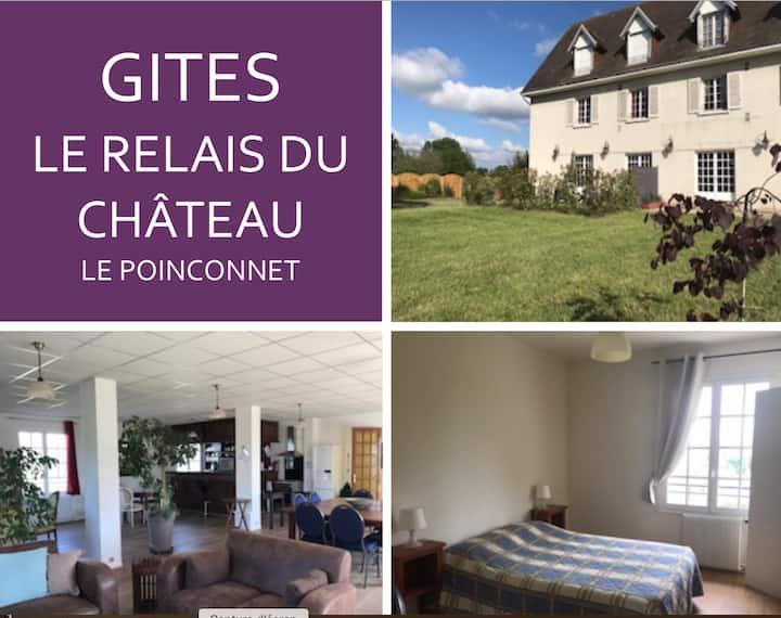 Le Relais du Château Gites 3 à  12pers (6 ch/sdb)