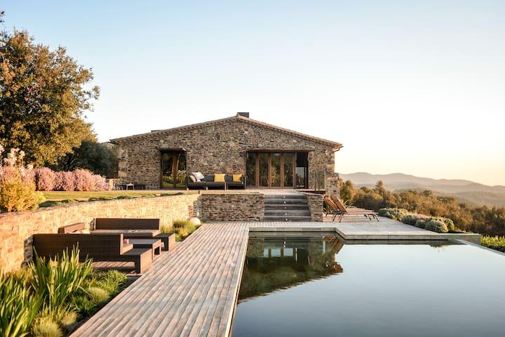 Villa CP, exclusive designer style, beach 20 mins - Girona - Casa