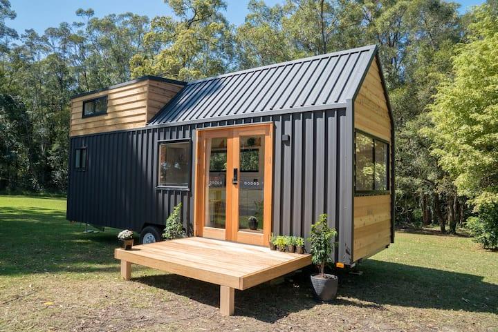 Stylish Tiny House near Bran