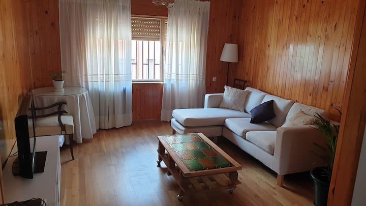 Casa adosada amplia y tranquila