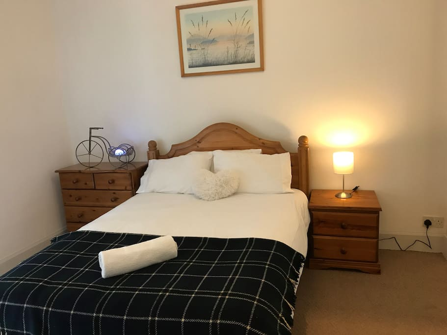 Double bed with brand new mattress and sturdy bed frame. Hairdryer provided.