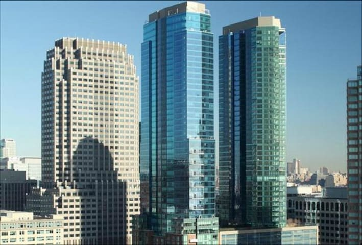UBliss Luxury 1BR Waterfront Suite - Jersey City - Apartment