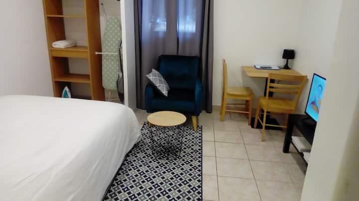 Appartement Clamart 200 m du TramT6 st pavé blanc