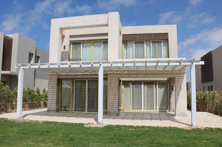 Luxury Villa in Hacienda Bay Up To 12 Persons