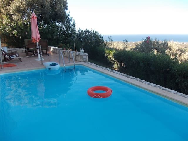 Peaceful, private pool,  great view - Agia Paraskevi - Villa