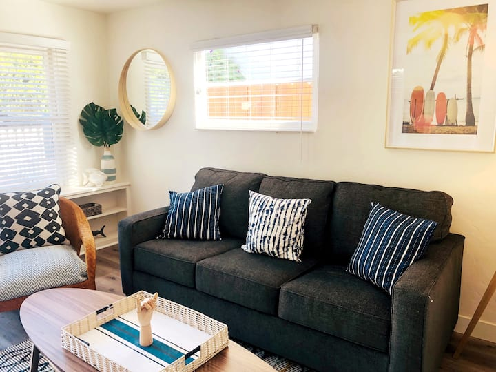 Cozy Surf Cottage in the Heart of Pacific Beach!