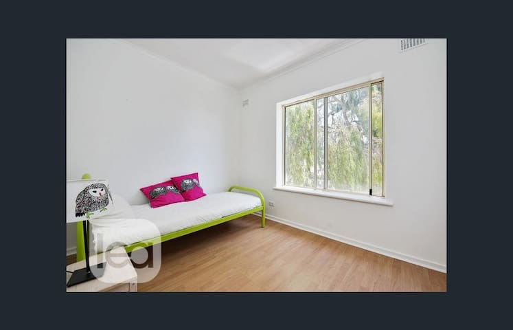Cozy Private Single Room Close To Rundle Mall - Kent Town - Daire
