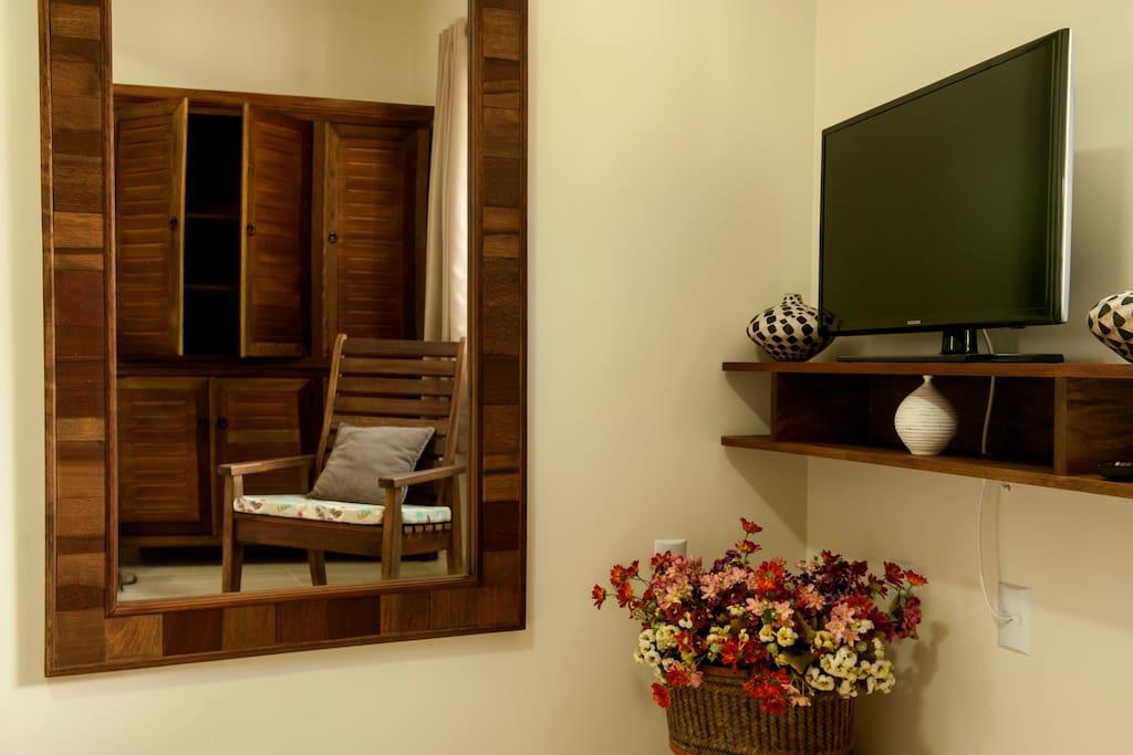 TV LCD com TV a cabo