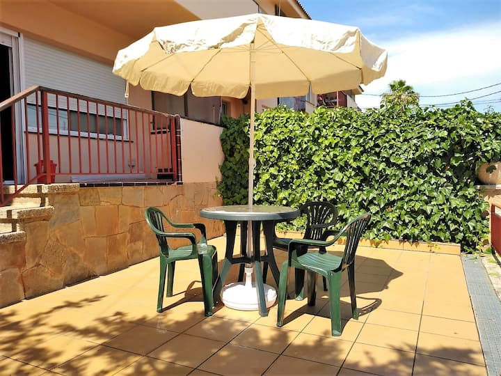 Costa Dorada Apartment for 5PAX Creixell