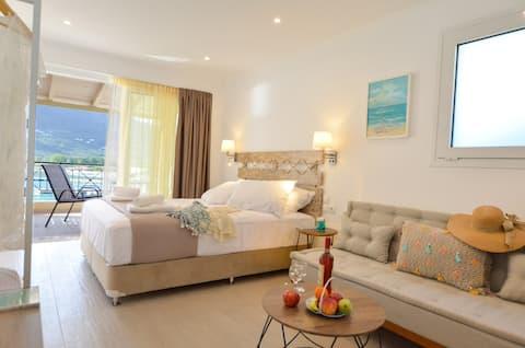Номер-студио Meltemi - Апартаменты на 2 этаже с видом на море