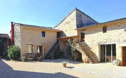 Gîte dans Mas Provençal en campagne