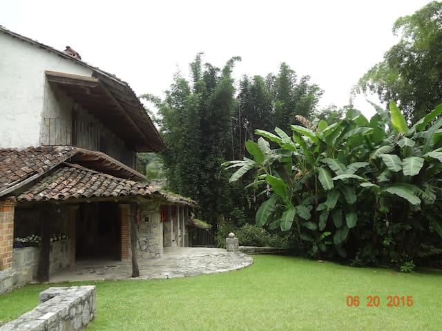 La Casa de los Bambús