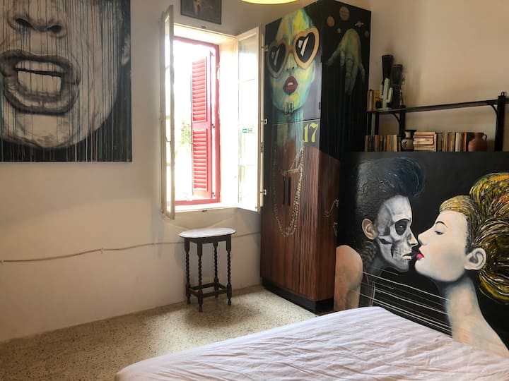 Private Double bedroom in St Julian's Malta