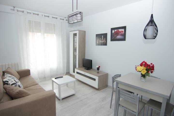Apartamento céntrico. WIFI,garaje opcional