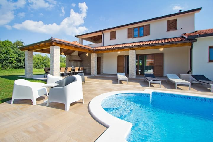 Villa MATTINA