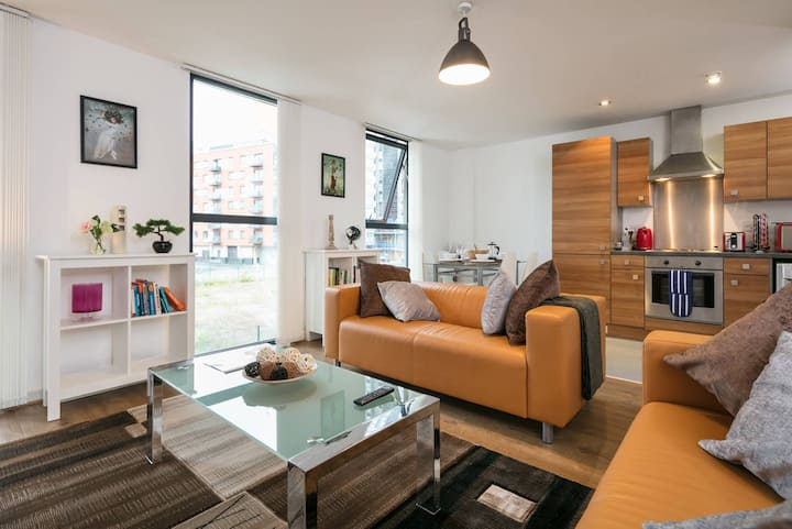 Tobacco Factory - Manchester City Centre Apartment