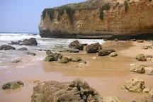 Praia Maira Luisa - 500m