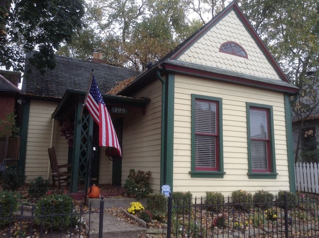 Historic house in the short north - Columbus - Casa