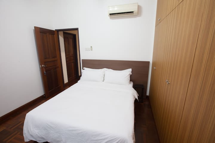 Natol Motel - Sydney (Double Room)