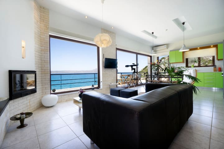 Living Room - Kitchen - A/C - Breathtaking View