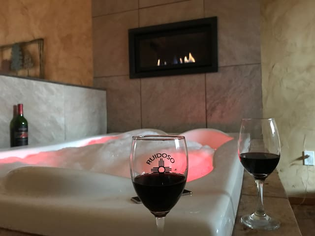 Bluetoothsync Led Whirpool with Linear fireplace
