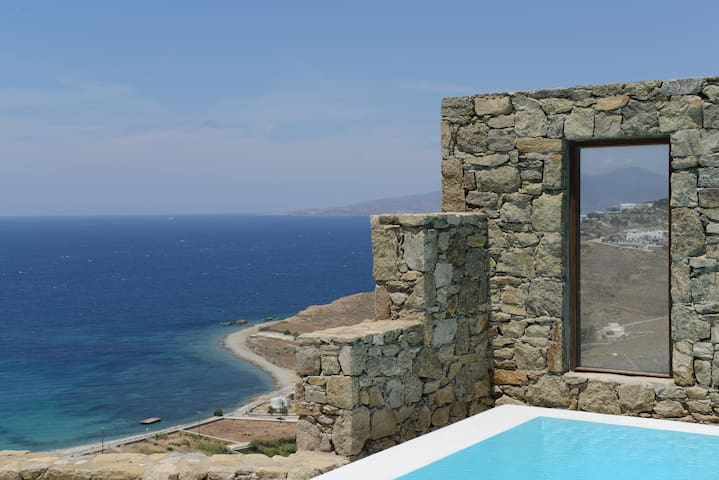 WHITESUITE4- AMAZING AEGEAN VIEW