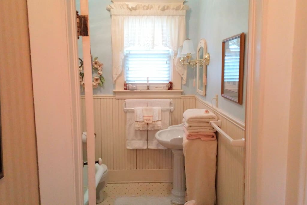 Upstairs private 3 piece bath with claw foot soaker tub