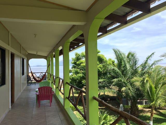 Casa 2do Piso Villa Mirafiori Playa Punta Raton