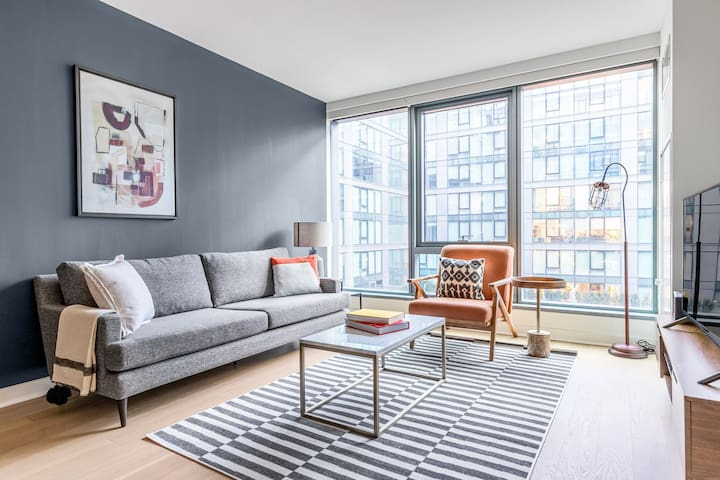 Ideal Navy Yard 1BR w/ Gym, Pool, W/D, nr. Capitol Hill, by Blueground