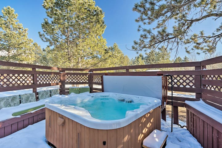 NEW! Mountain Hideaway Set on 1/2 Acre w/ Hot Tub