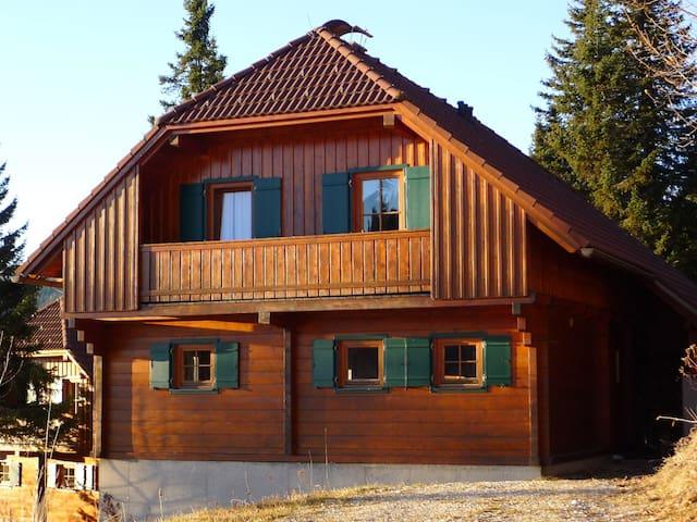 Mountain Cabin at skiing area - Klippitztörl - Dům