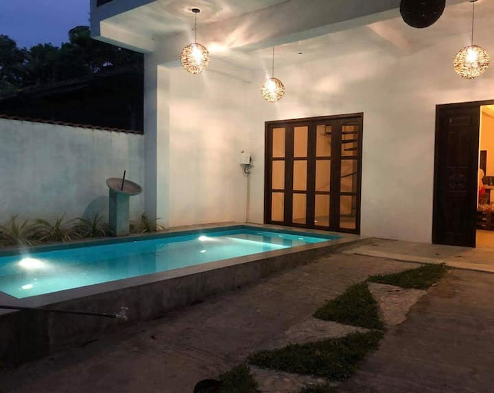 3 bed room Cozy villa with a swimming pool
