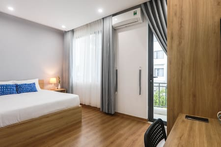 Balcony Room with View, near Han River ★ Free Wash
