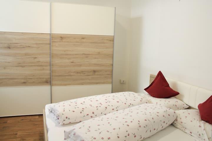 Kleine, zentrale Wohnung an den Meraner Lauben