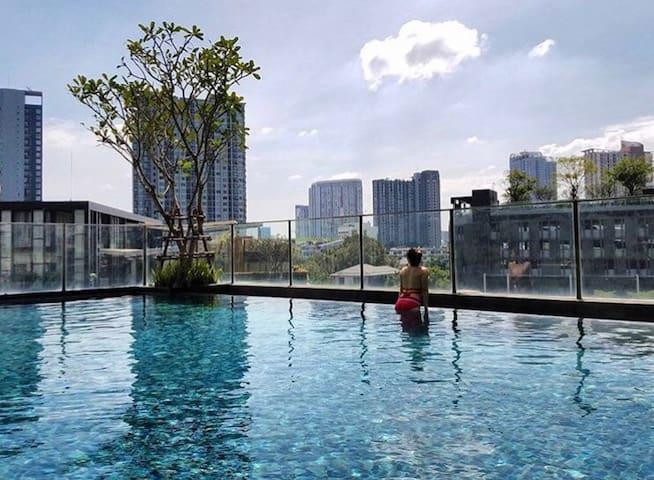 ROOFTOP POOL GYM SUKHUMVIT BTS RIVER VIEW BKK - Bangkok - Apto. en complejo residencial