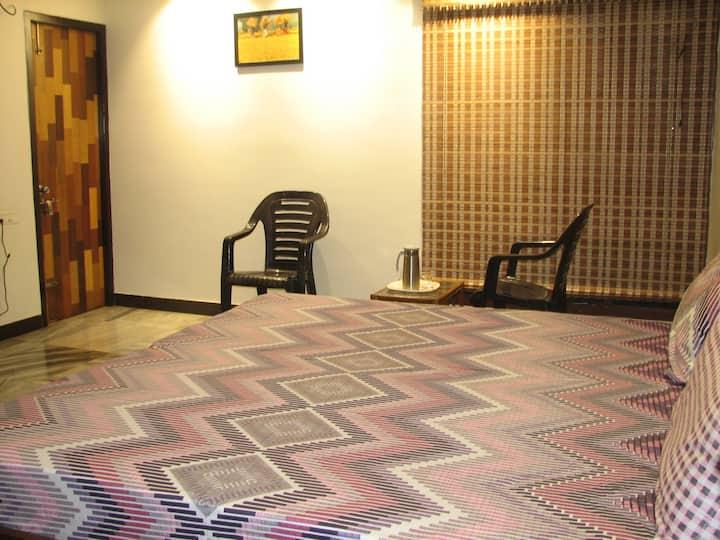 Atithi Comfort Homes- HOMESTAY FOR FAMILIES- Royal