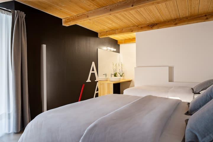 Tourneuve5 Alp Apartments floor 1