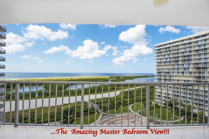 Trendy 2 Bedroom Beachfront with Soothing Gulf Views!