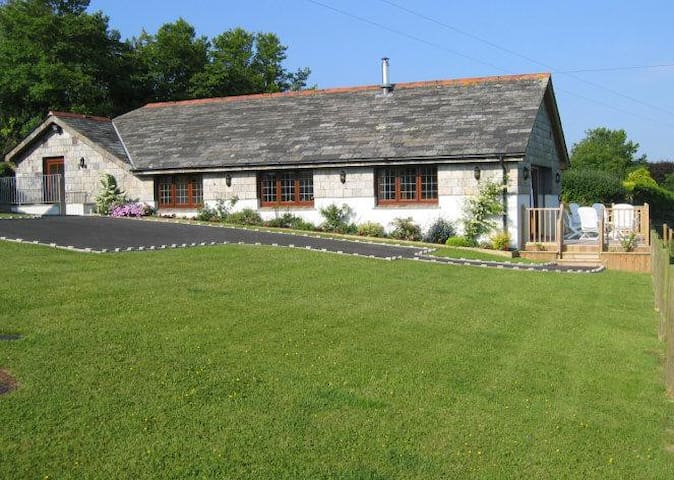 5 Star Luxury  - Polglynn Cottage - Saint Mabyn