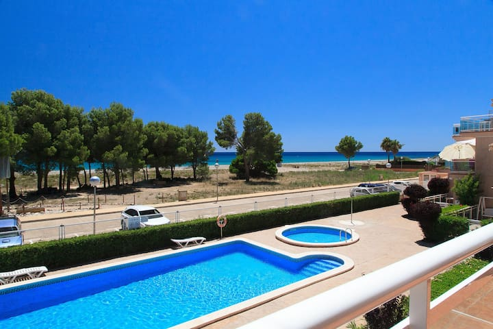 FANTASTIC BEACHFRONT APARTMENT WITH POOL - UHC ARCO DEL SOL 210