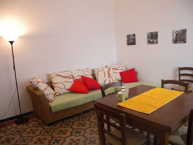 Bell'appartamento a La Maddalena - ลา มัดดาเลนา - อพาร์ทเมนท์