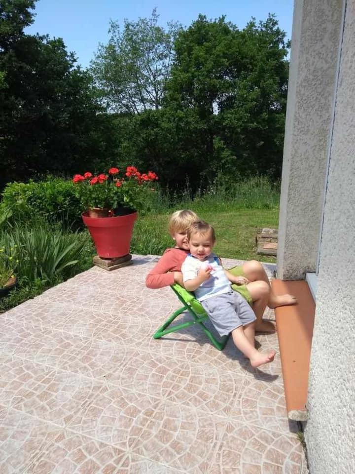 Paix , sélénite ,  dans vignobles Frontonnais
