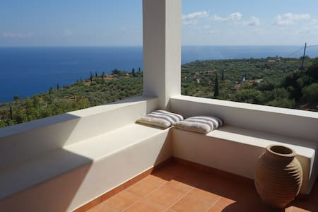 Villa with extraordinary seaview - Koroni