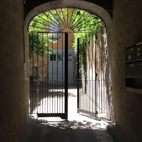 Appartement de charme au cœur du Centre ancien - Aurillac - Apartment