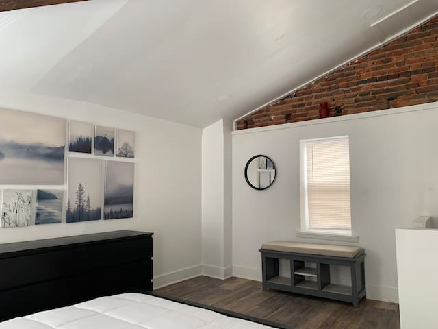 Quaint Rowhome in Fishtown Hot Spots - Sleeps 5