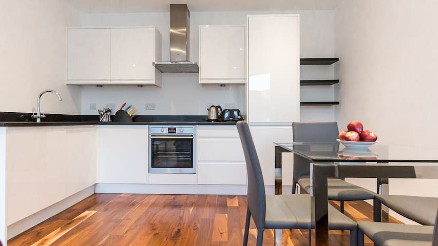 Centrally located 2BR Flat in Harrow