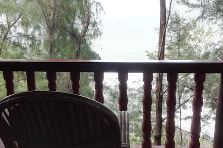SHANTIDHAM CLEAN AND CALM SEA VIEW COTTAGES - Gokarna